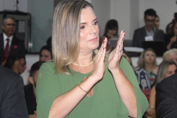 Ecoturismo deve ter atenção especial na AL, diz Claudia