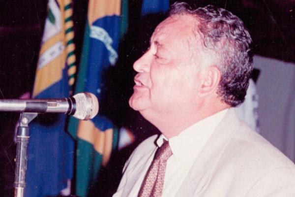 Paixão pela política e compromisso com o povo – 1993 – 1996