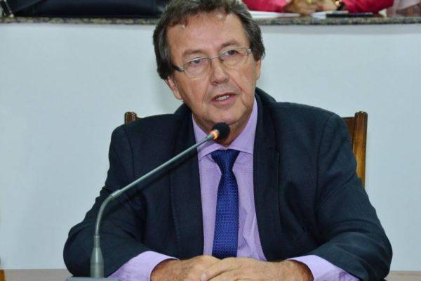 Com emenda aditiva de Vilmar, Governo é autorizado a alienar ações da Energisa