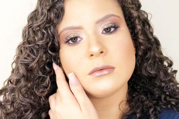 Yanni Vitória: debutante recebe o carinho da família e amigos