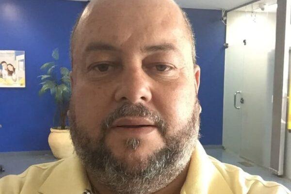 Irmão do senador Eduardo Gomes é escolhido como vice de Cinthia Ribeiro