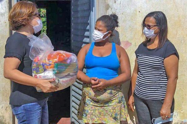 Em nova etapa, 5 mil famílias das regiões sul e sudeste recebem cestas básicas