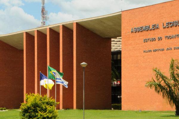 Na última sessão do ano, deputados do Tocantins aprovam equipes de segurança para ex-governadores