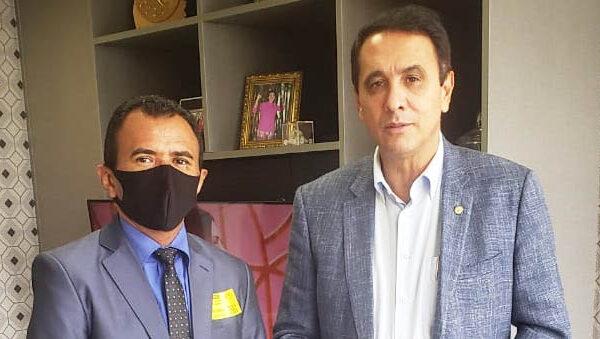 Mateiros conta com maquinário viabilizado pelo deputado Carlos Gaguim