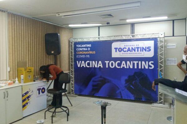 Três profissionais de saúde serão vacinados na apresentação do plano logístico do TO
