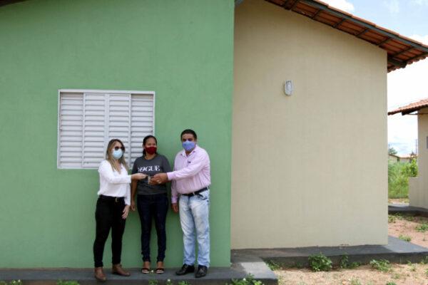 Governo do Tocantins inicia entrega de novas unidades habitacionais no Jardim Taquari, em Palmas