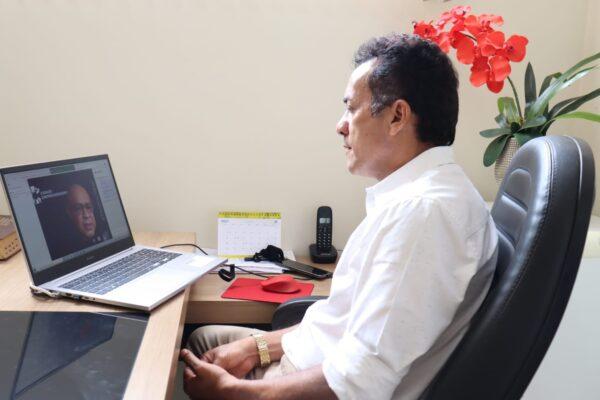 APARECIDA: Prefeito Suzano participa de reunião virtual com o Sebrae