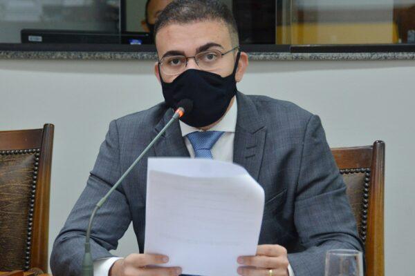 Léo Barbosa solicita reforço na distribuição de EPIs para os hospitais do TO