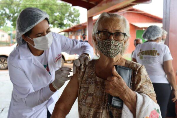 VACINAÇÃO: Aparecida do Rio Negro tem 630 doses recebidas e 558 aplicadas