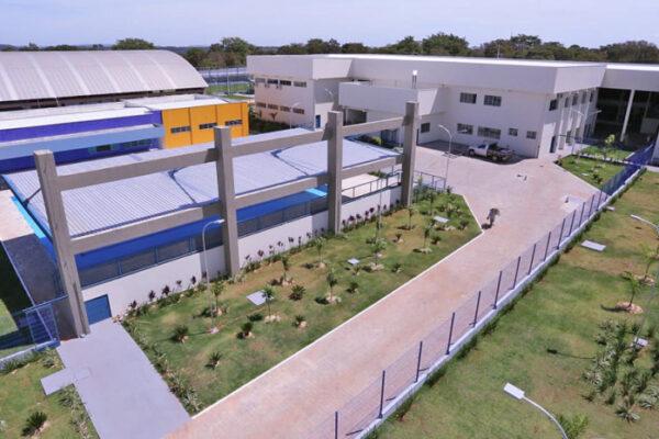 Governador Carlesse  inaugura Escola de Tempo Integral Jardenir Jorge Frederico em Araguaína