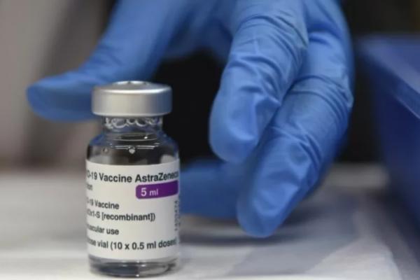 Tocantins recebe remessa com mais 38,3 mil doses da AstraZeneca nesta terça-feira, 18