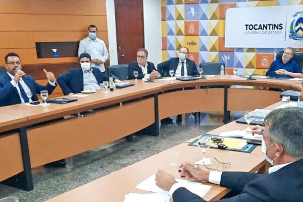 Em reunião com o Governador, secretário da Administração apresenta ações da pasta em prol da recuperação econômica