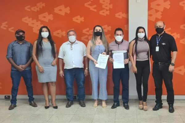 APARECIDA: Prefeito Suzano Marques assina termo de cooperação com o Sebrae para projetos de empreendedorismo