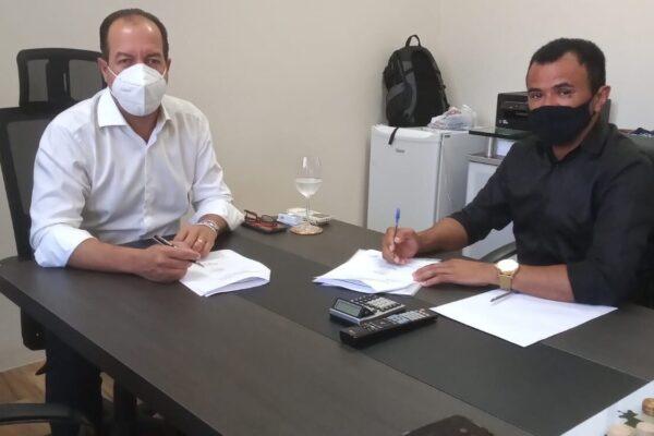 Prefeitura de Mateiros e Sebrae firmam parceria para Projeto Cidade Empreendedora