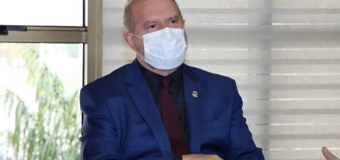 Governador Carlesse prorroga jornada de 6 horas para servidores e mantém suspensão de eventos