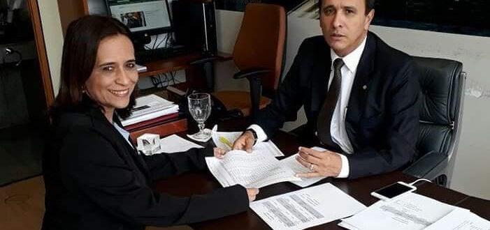 Lizarda é beneficiada com veículos destinados pelo deputado Carlos Gaguim