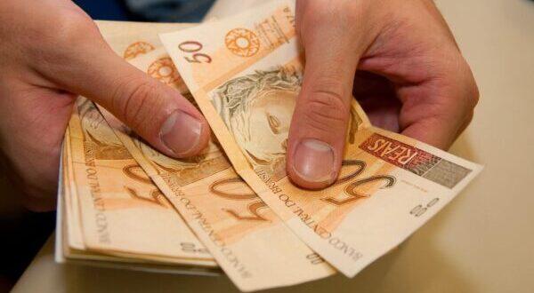 Servidores da Prefeitura de Mateiros já estão com pagamentos em conta