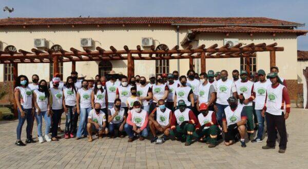 APARECIDA: Secretaria Municipal de Meio Ambiente realiza mutirão de limpeza no Rio Negro