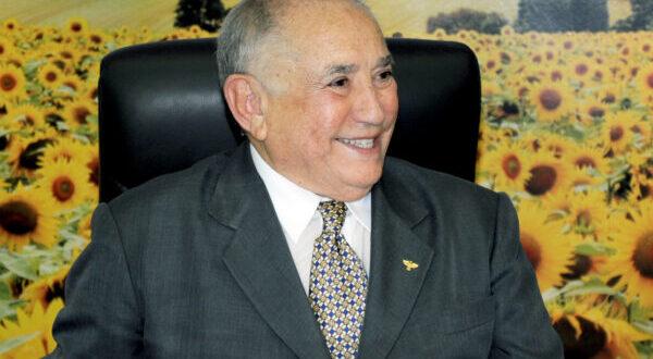 93 ANOS: Live de aniversário vai homenagear ex-governador Siqueira Campos
